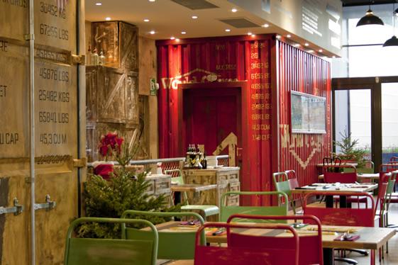 Abes Sp Pizzaria Em Barcelona Feita Com Cont Ineres E