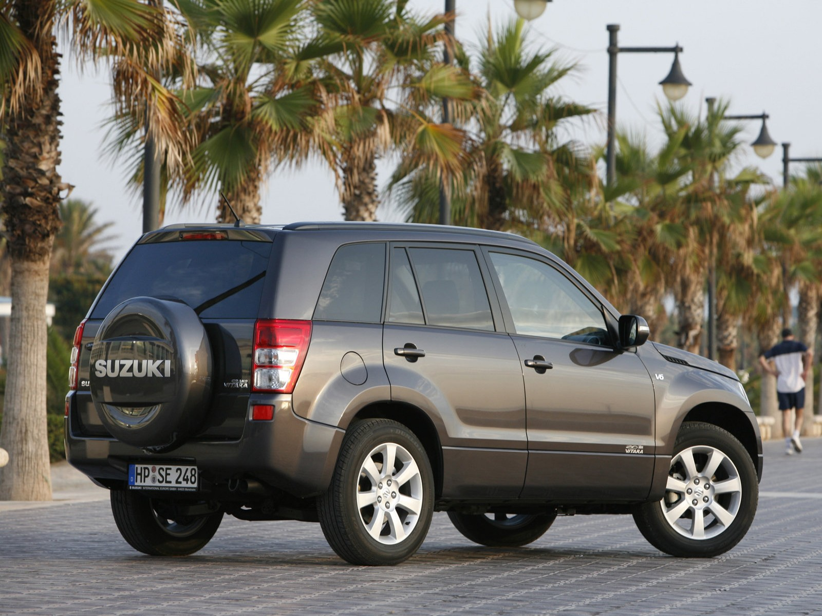 Car And Car Zone  Suzuki Grand Vitara 2009 new cars  car reviews