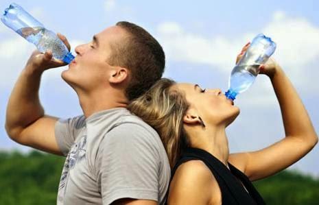 Keuntungan Bagi Tubuh Rajin Minum Air Putih