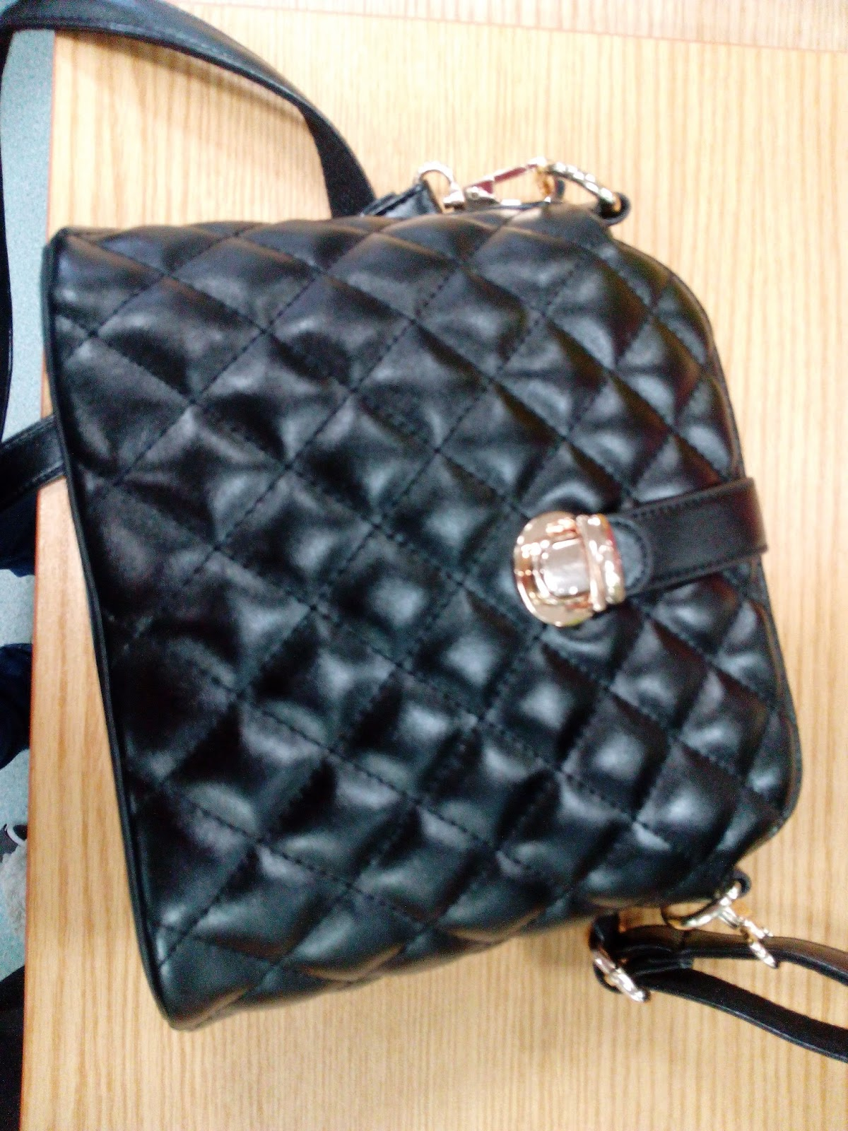 Black Shoulder Bag 2