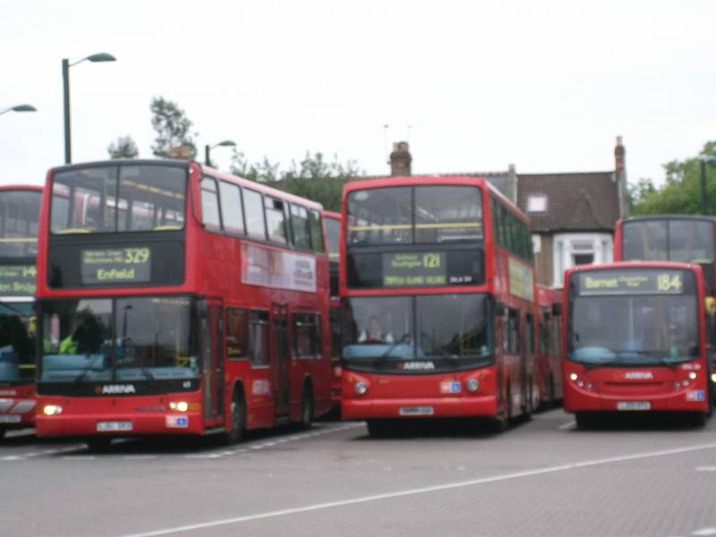 london buses and now london 39 s museums the number 329 route. Black Bedroom Furniture Sets. Home Design Ideas