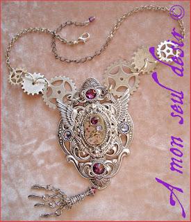 collier steampunk mouvement de montre mécanique mécanisme rouages ailes horlgerie steampunk necklace watchclock clock work silver wings gears