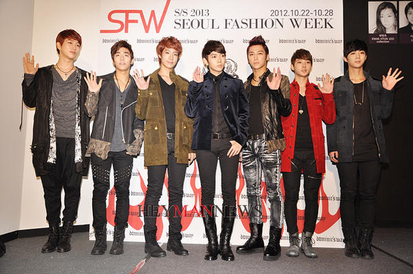 Ajax at Seoul Fashion Week 121022