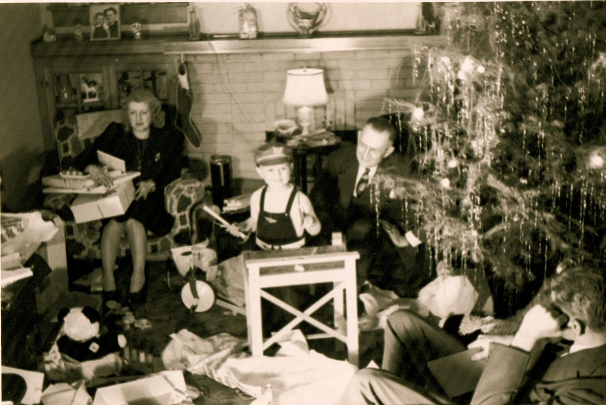 A Sense Of Family The Ballenger Family Christmas 1942