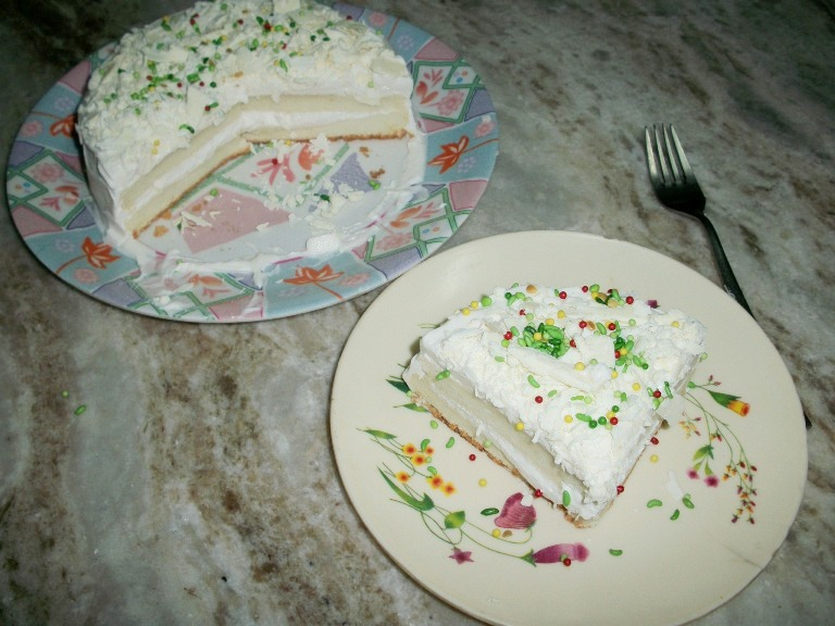 Angels food cake and a wedding story yummy tummy angels food cake and a wedding story forumfinder Image collections