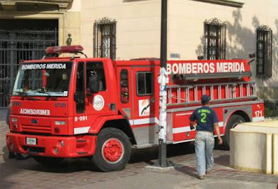 """Acusan de """"instigación al odio"""" a bomberos que se burlaron de Maduro"""