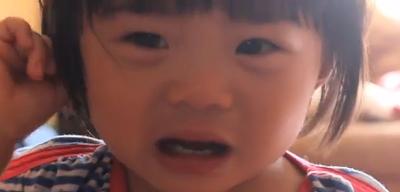 فيديو : أكثر طريقة عبقرية لإيقاق بكاء الأطفال dgdgdg.png