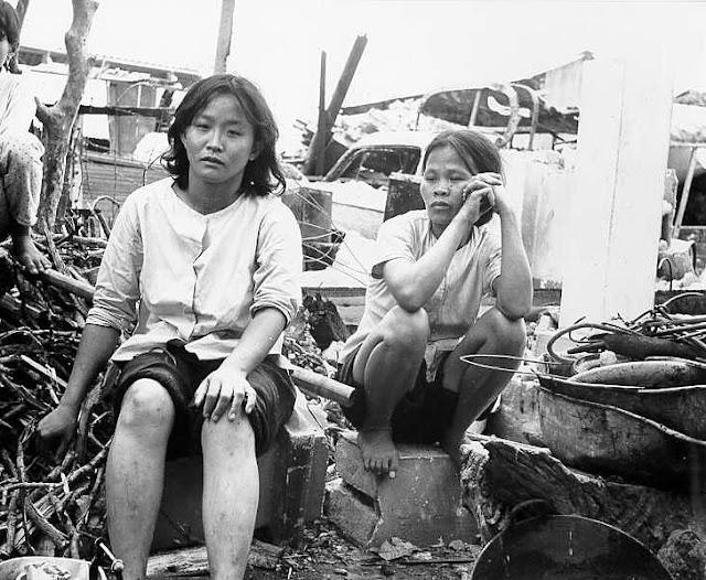 Viet Cong attack Sam Bua hamlet Vinh Binh Province 1967