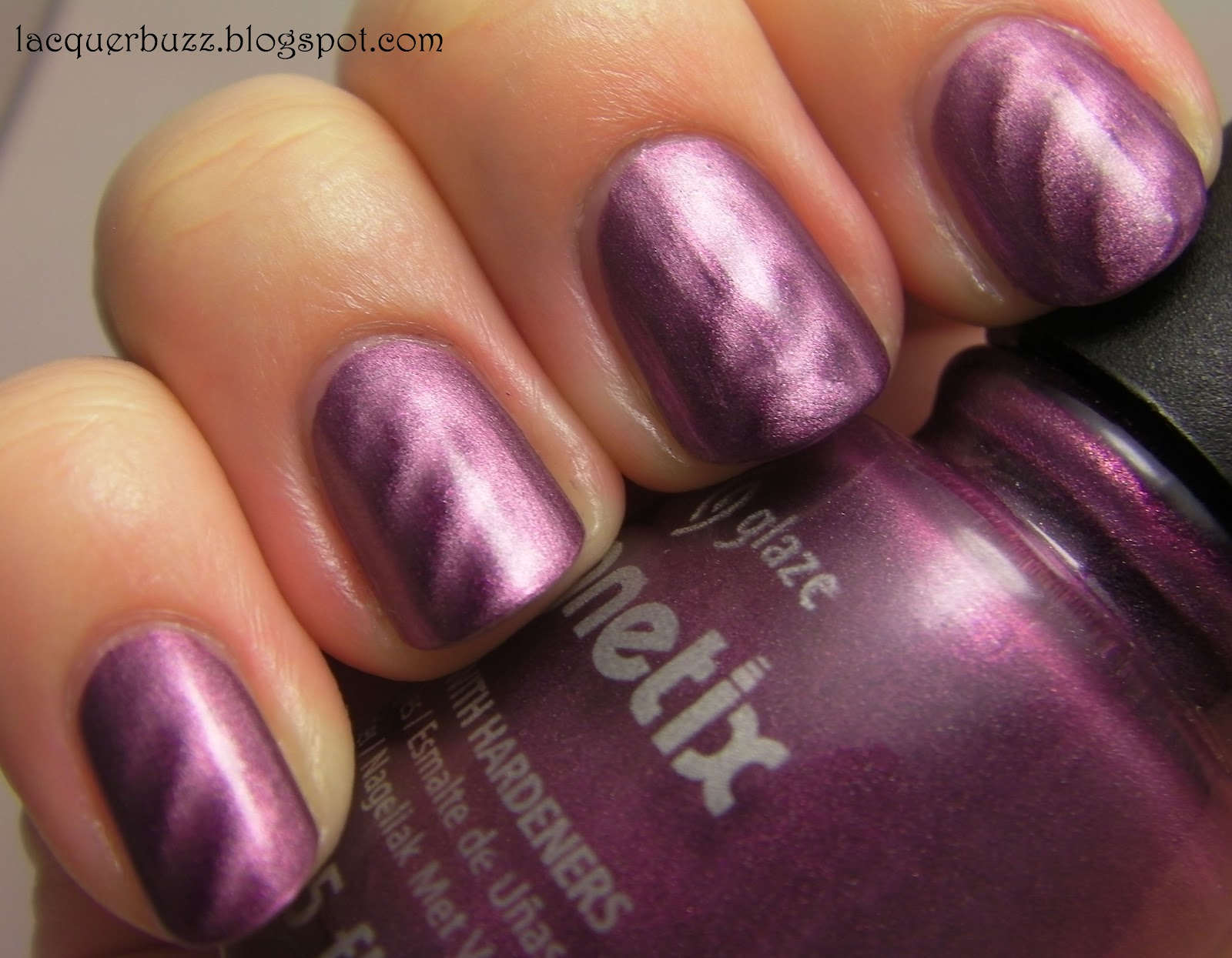 Lacquer Buzz: China Glaze Magnetix Drawn To You