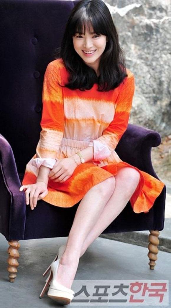 """Song Hye Kyo không thể chia tay nổi """"Gió mùa đông năm ấy"""""""
