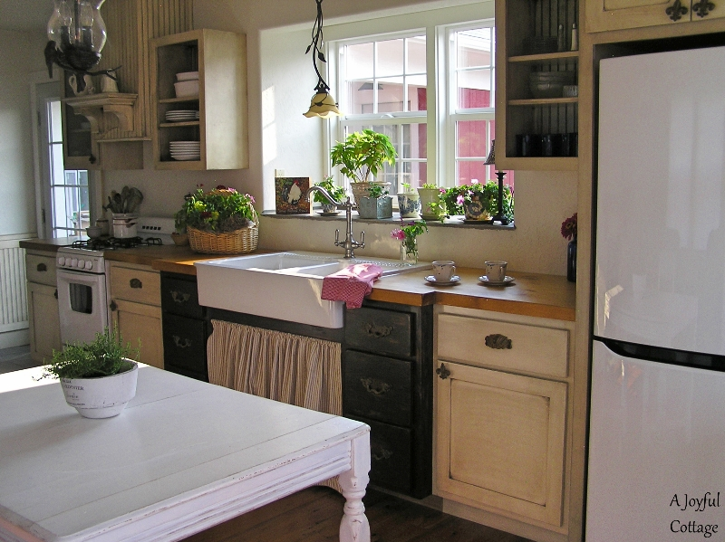 A Joyful Cottage: A Peek At Our Cottage Kitchen