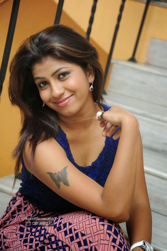 Actress-Geethanjali-Stills-at-Prema-Geema-Jantha-Nai-Success-Meet