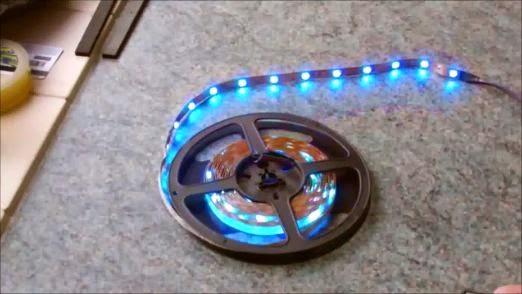 شريط مصابيح LED