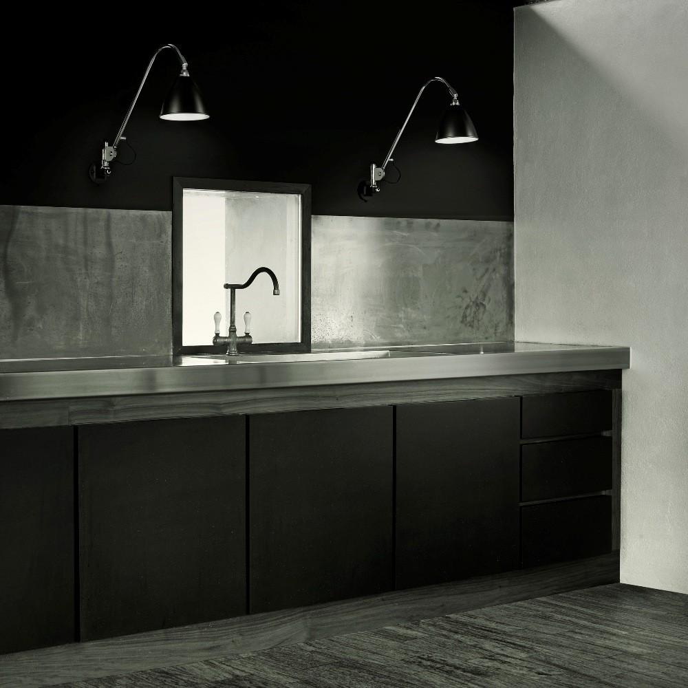 musta peltikatto Valaistus  keittiö II