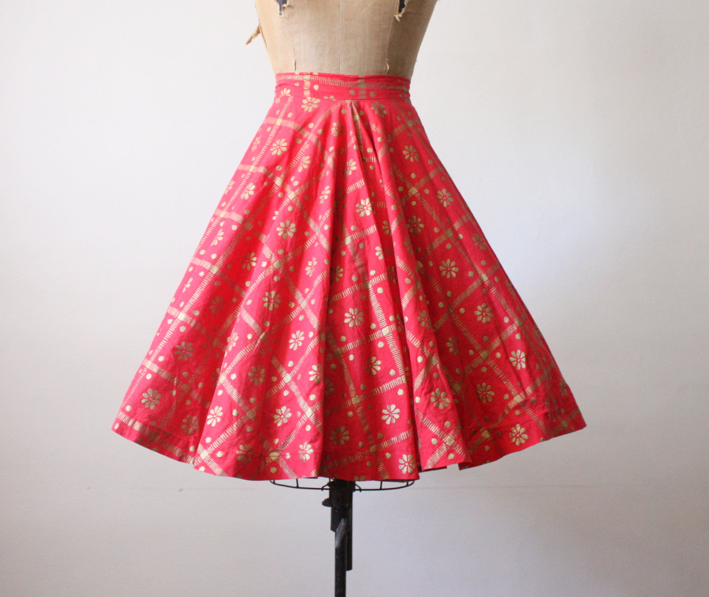 i speak fashion the vintage midi skirt is back