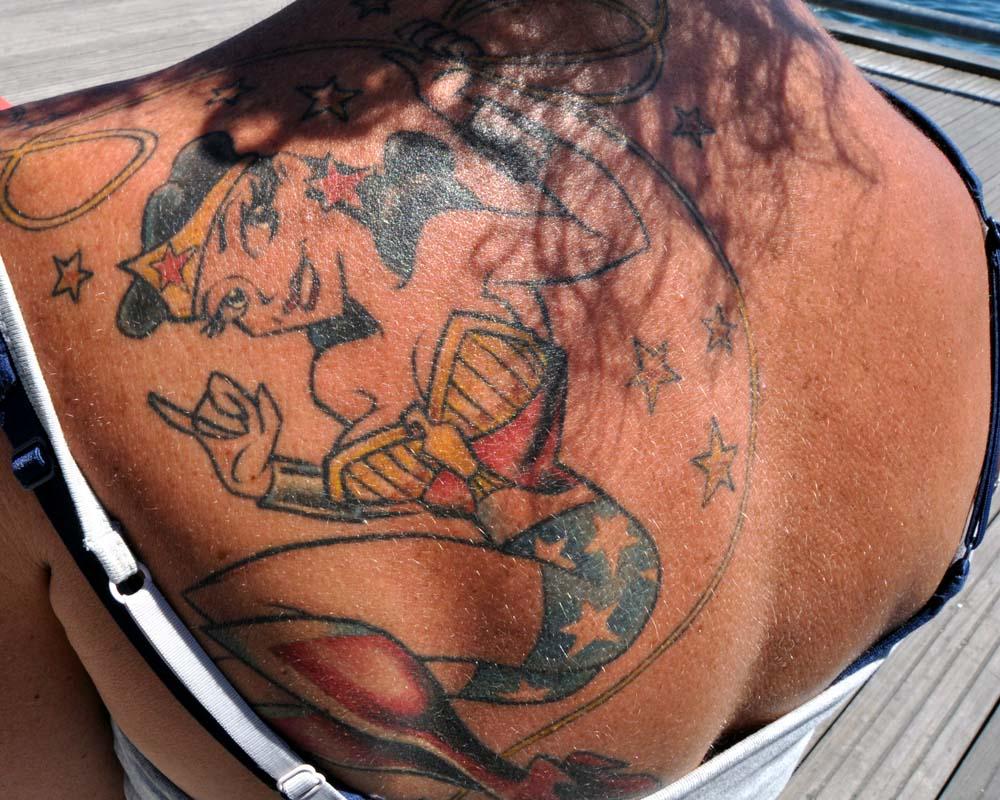 Toronto tattoo show nix bird tattoos for Toronto tattoo artists