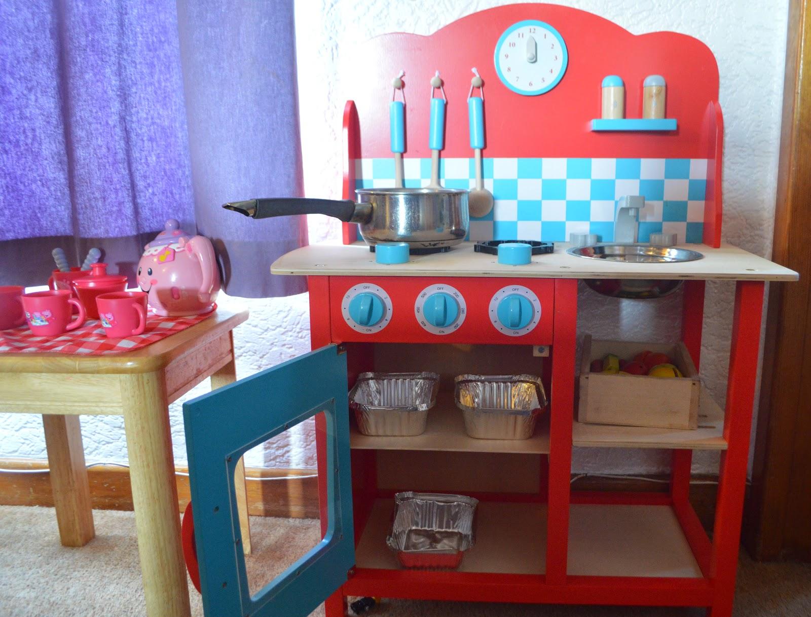 GLTC Cavendish Play kitchen Koko Kids 3 Clouds and Raindrops Wall Stickers