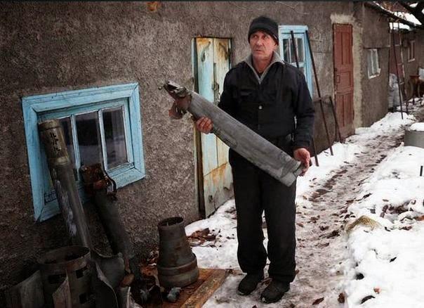 Донецкий мастер из осколков града изготовил
