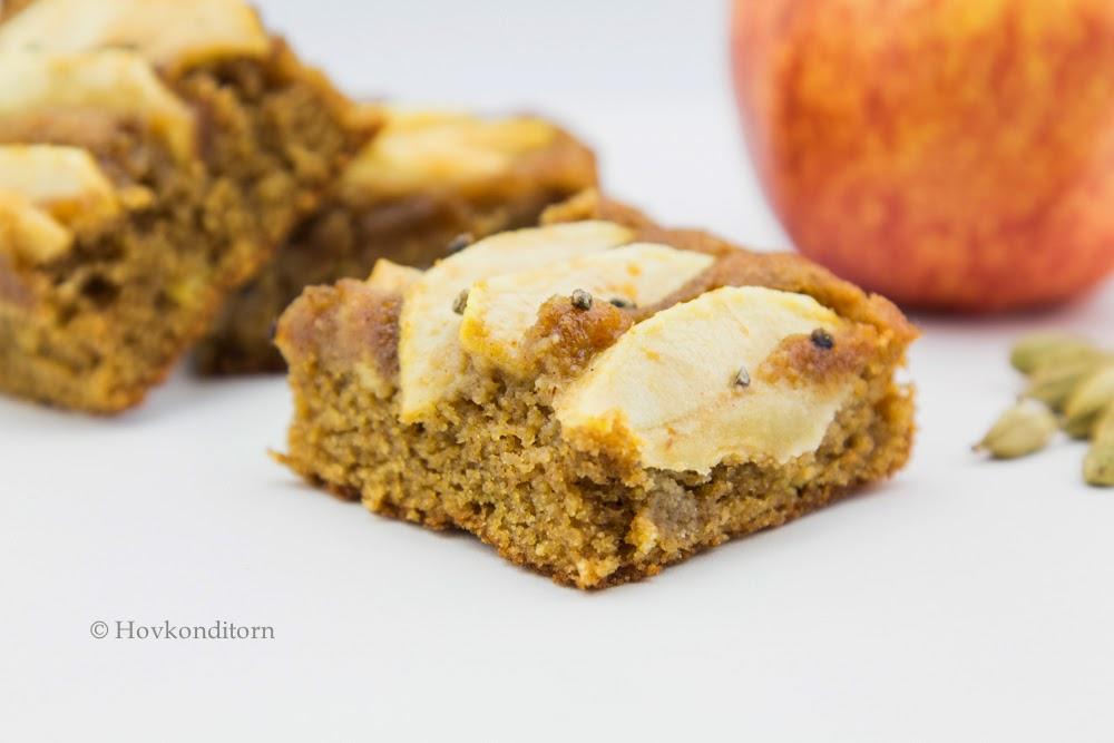 Hovkonditorn: Apple Cardamom Cake