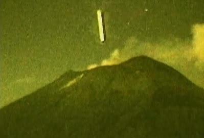 ovni largo en volcán popocatépetl en mexico octubre 2012