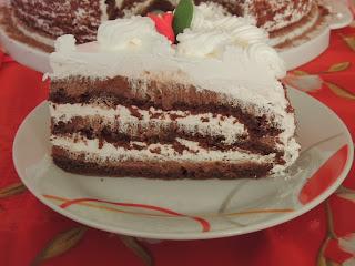 Cokoladna torta sa korama od cokolade