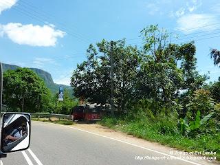 Chauffeur Rohitha au Sri Lanka
