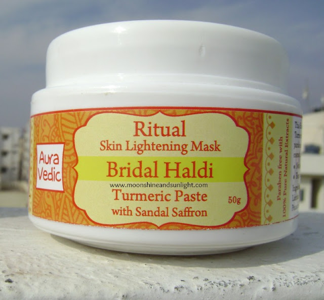 Auravedic Bridal Haldi Review || Ritual Skin Lightening Mask || Best budget ayurvedic mask