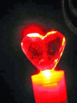 Para mantener vivo un amor, es como una lámpara
