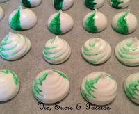 Comment faire des meringues colorées - menthe et chocolat