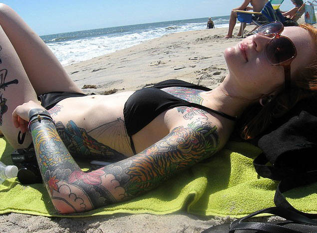 Awesome: Girls With Arm Tattoos