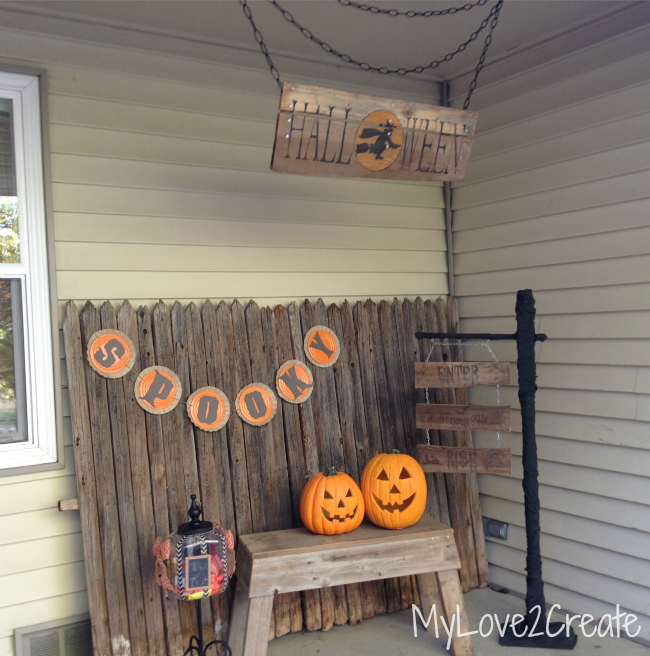 mylove2create rustic diy halloween sign - Rustic Halloween Decorations