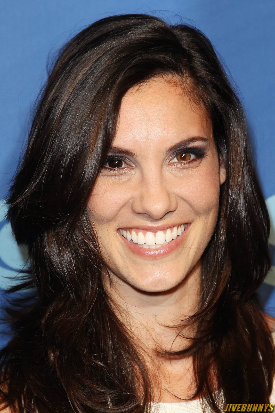 Daniela Ruah Hot Photos and Picture Gallery 2