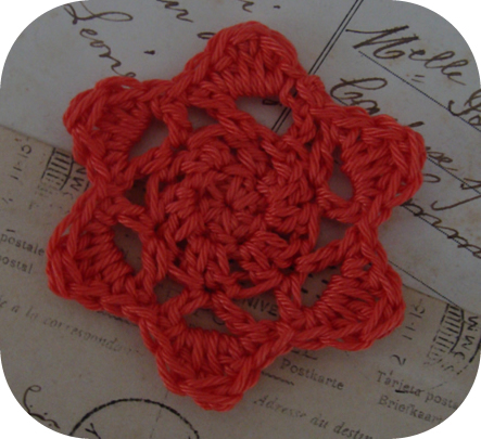 Free crochet pattern - winter star