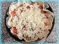 Torta salata con asparagi e salame piccante