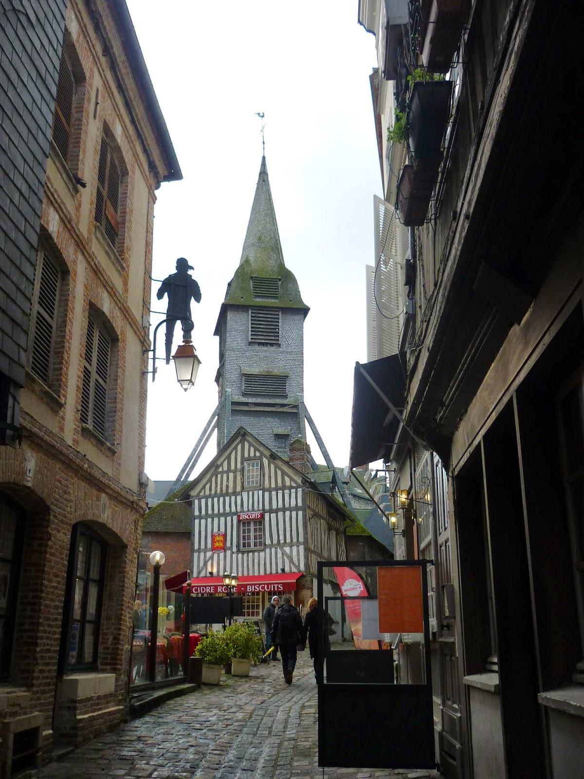 Rues de Honfleur - Le vieux Clocher