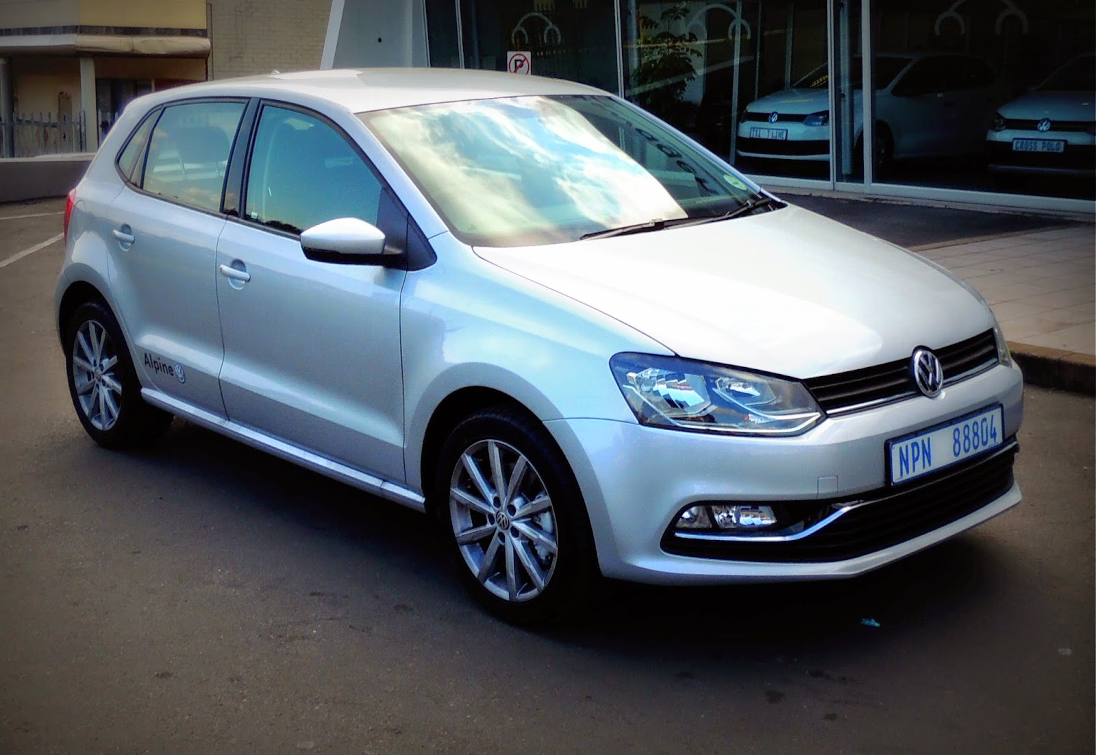 2015 volkswagen polo 1 2 tsi highline dsg driveza. Black Bedroom Furniture Sets. Home Design Ideas