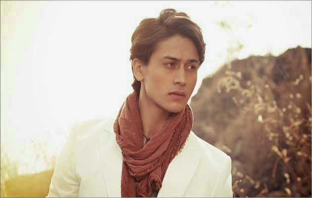 Tere Bina Lyrics - Heropanti Song