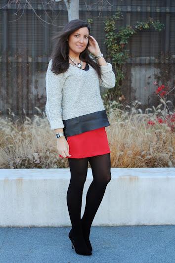 http://www.simply2wear.com/2014/12/en-el-post-de-hoy-os-muestro-un-look.html