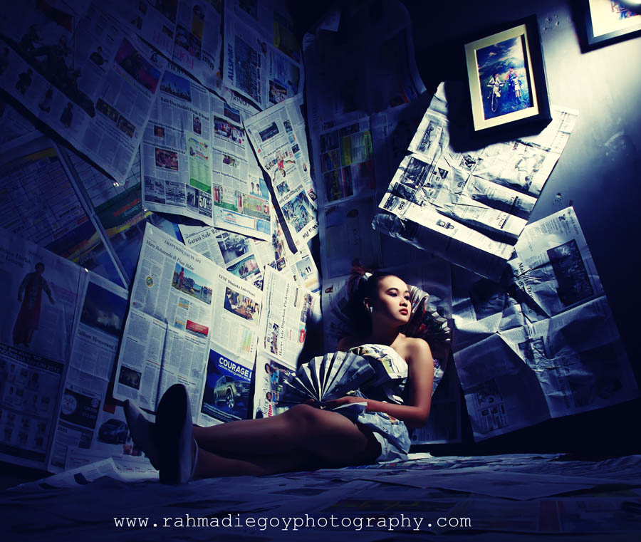 rahmadi egoy photography model concept news paper / koran  1