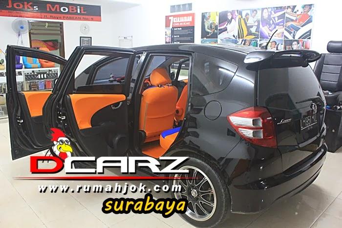 Pemasangan Sarung Jok Mobil Dcarz Surabaya