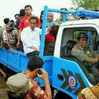 Blusukan Pak Jokowi Bikin Meriang Pasukan Dung-dung Pret