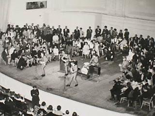The Beatles Polska: Beatlesi koncertują w Carnegie Hall (Nowy Jork)