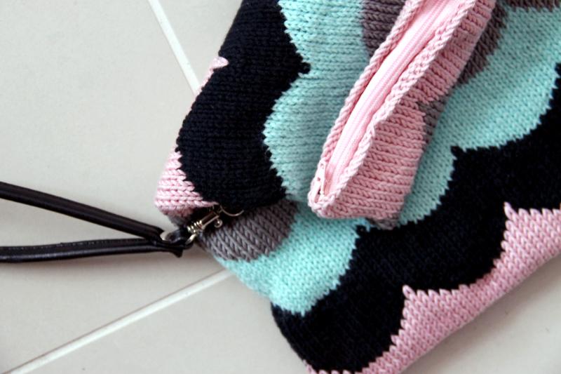 Pieni Adidas Laukku : Kotipalapeli