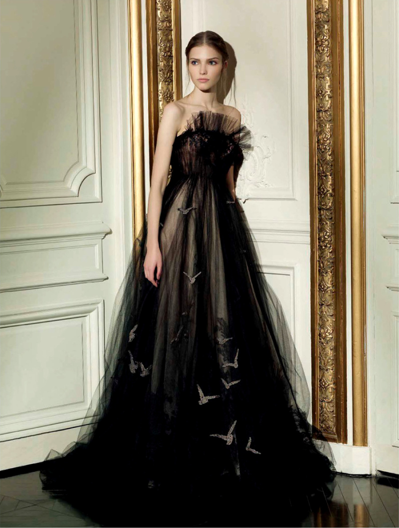 Sasha luss for valentino haute couture spring summer 2013 for Haute couture translation