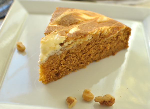 pumpkin spice cake with cream cheese topping