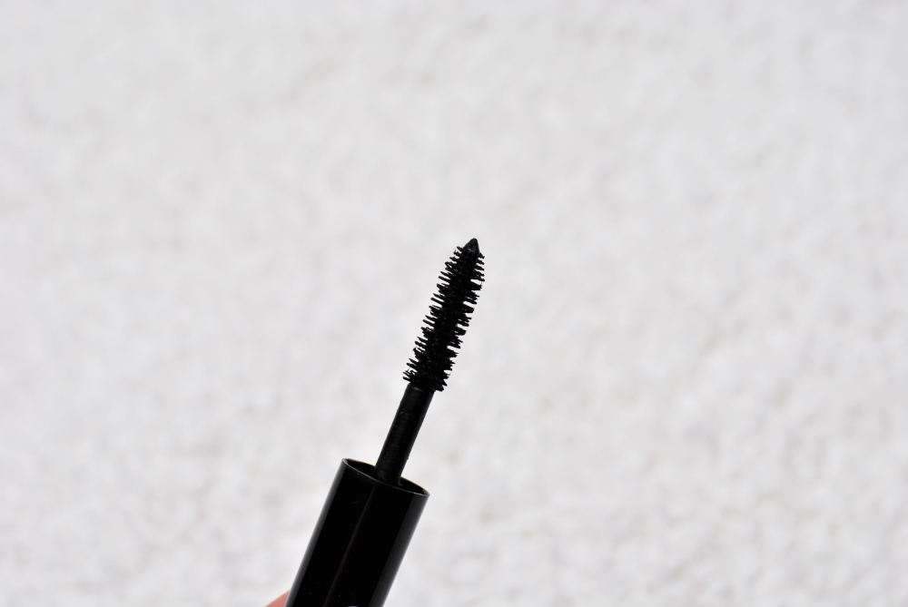 Le Volume de Chanel mascara brush