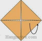 Bước 3: Gấp đôi tờ giấy ra mặt sau theo chiều từ dưới lên trên.