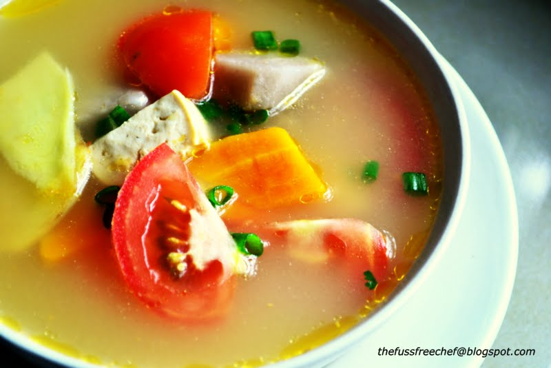 The fuss free chef easy soup series post 1 fish head for Fish head soup recipe