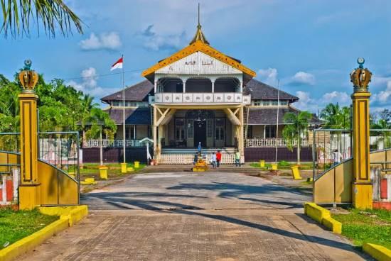 Keraton Kadriah tempat wisata sejarah di pontianak