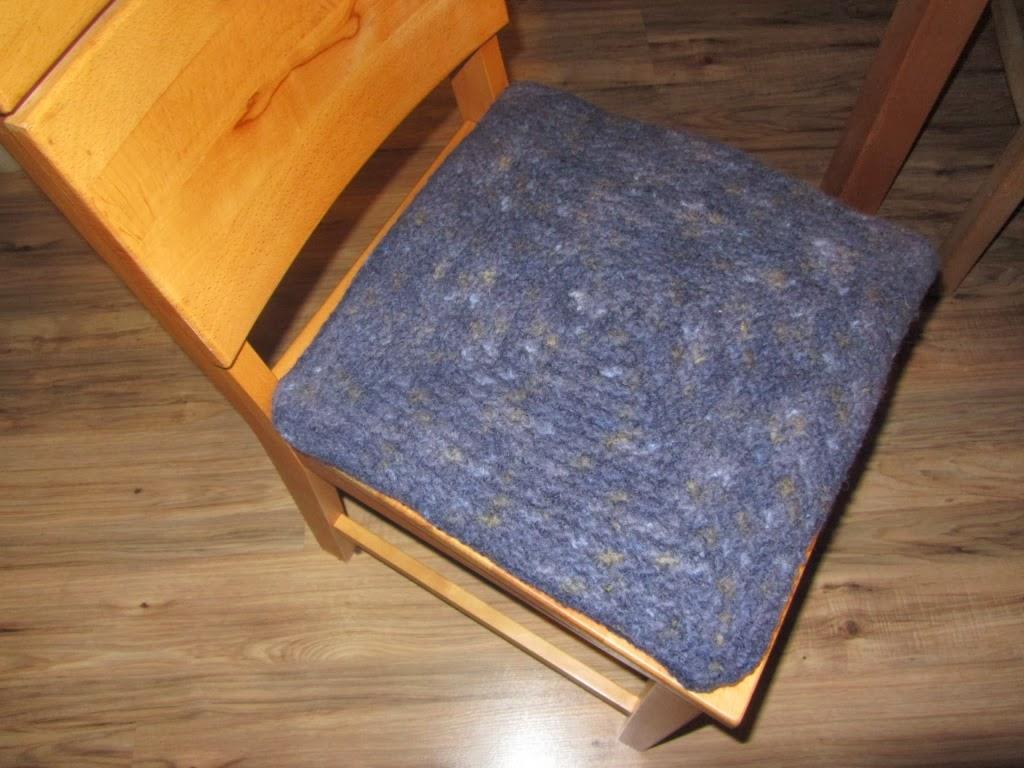 mit liebe gemacht 2 sitzkissen. Black Bedroom Furniture Sets. Home Design Ideas